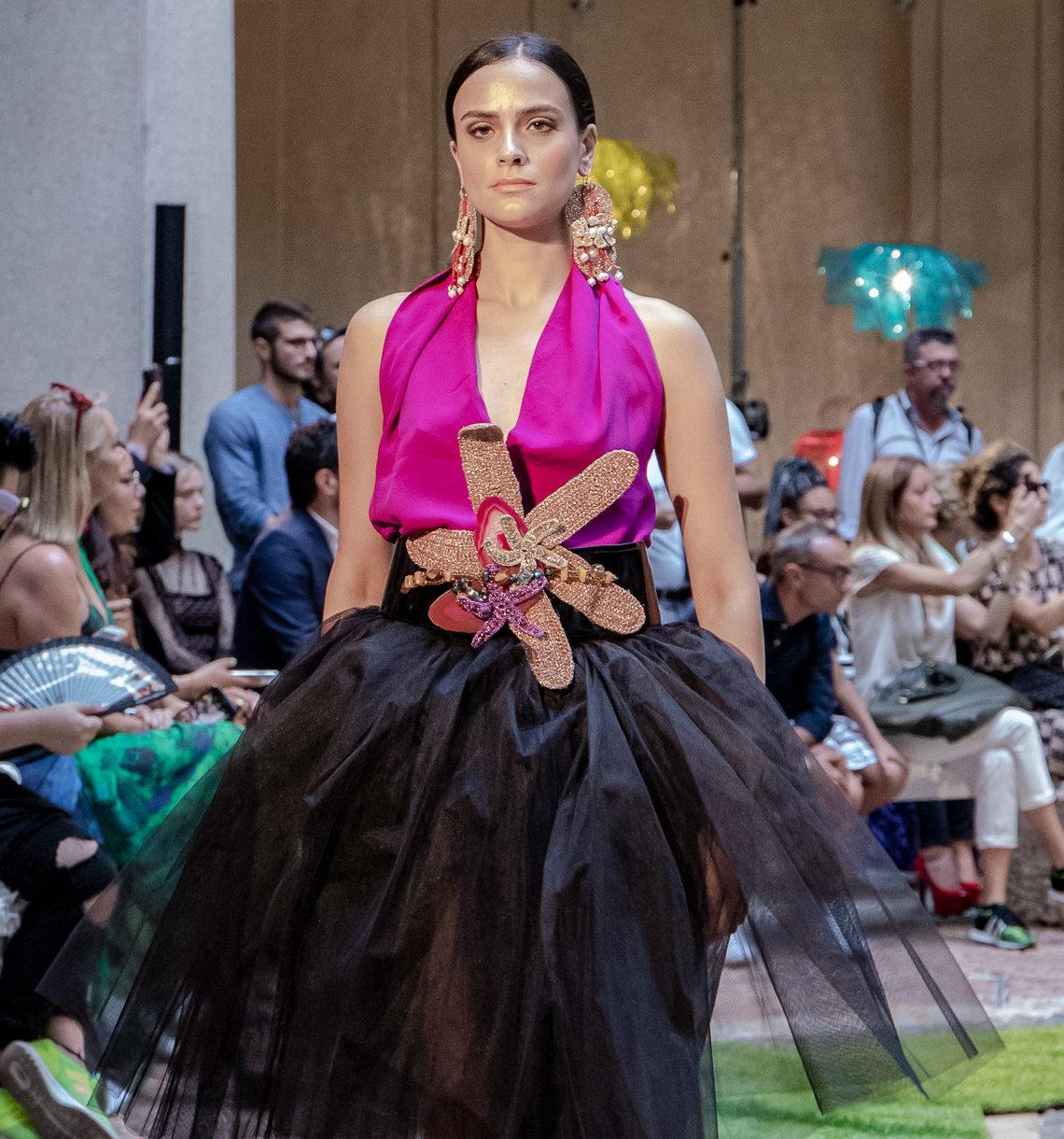 Moda , arte e bellezza.  Con Art Fabrique, di Stefania Sammarro, la Calabria  sfila a MFW/ Mad Mood