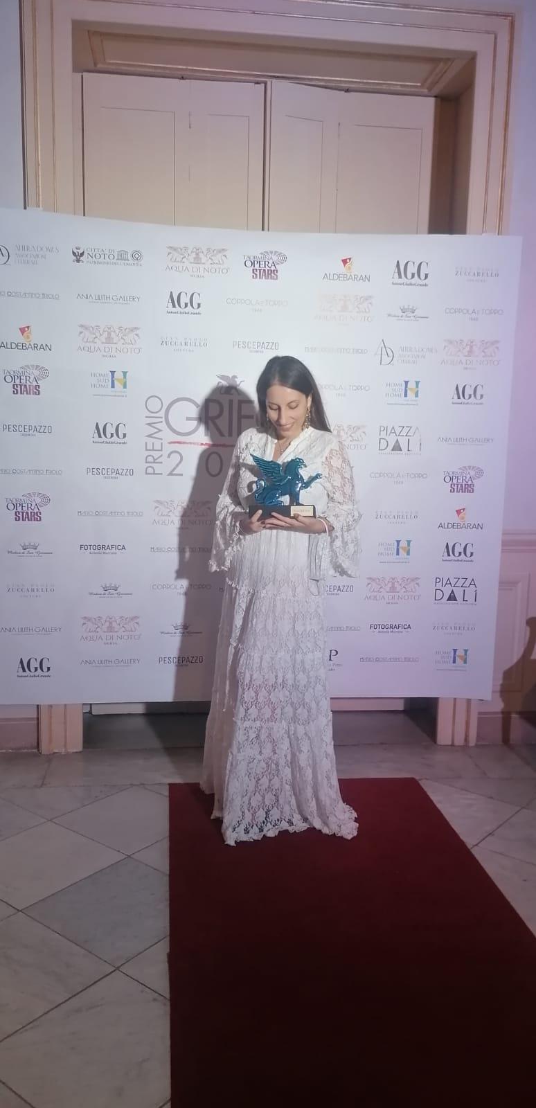 Premio Grifo 2021: la calabrese Stefania Sammarro premiata in Sicilia per la sua fotografia d'arte concettuale